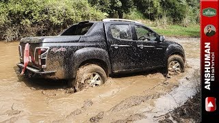 Isuzu V-Cross 4x4, Thar CRDe with MLD: Offroading in Mud