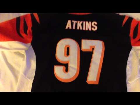 Jennyloopnfljerseys.ru review of my geno Atkins jersey a year later