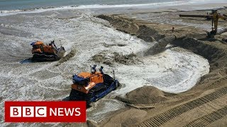 Huge sand dune to protect major UK gas terminal - BBC News
