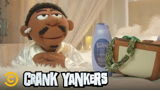 Tracy Morgan Prank Calls a Hotel as Spoonie Luv - Crank Yankers NEW