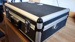 What's In The Barber's Box?! | Barber Case