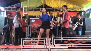 Video Cinta Pertama - Voc. Hana - Organ Dangdut Mahardika | Live Jatiseeng 16-1-2016 download MP3, 3GP, MP4, WEBM, AVI, FLV Agustus 2017