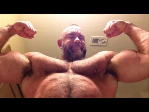 Big muscle daddy pec bouncing - biceps flexing