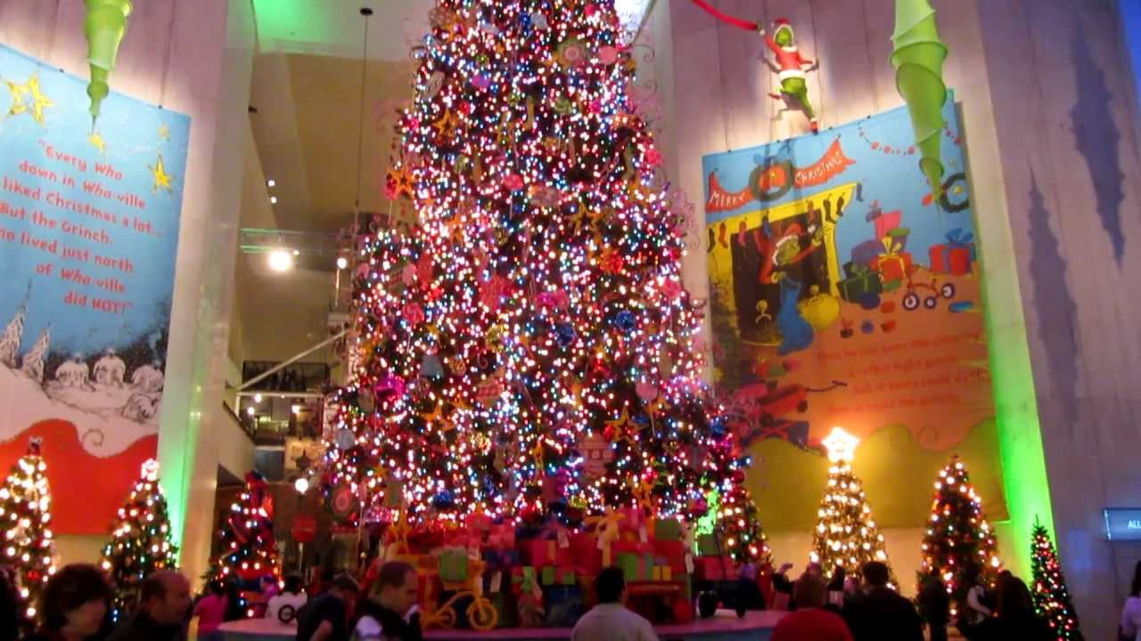 Dr. Seuss Christmas tree display - YouTube