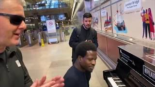 Amazing Old School Boogie Woogie Piano In The Tube Station
