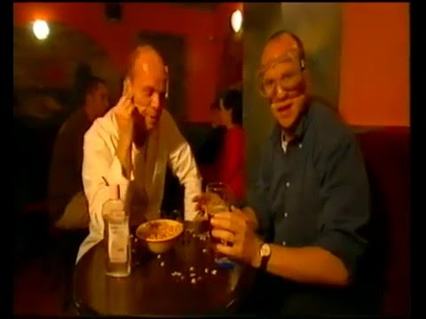 Dr Bunhead's pub science tricks with Fred MacAuley