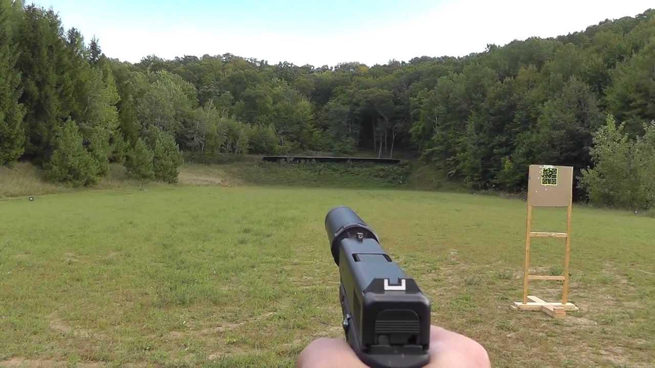 Shooting Glock 19 9mm suppressed w/ AAC Tirant 9 & Silencerco 40 k  suppressor / silencer