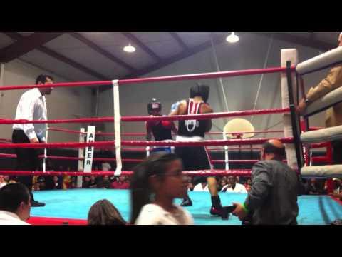 Jesse Rocha 2012 Golden Gloves Houston Great Fight