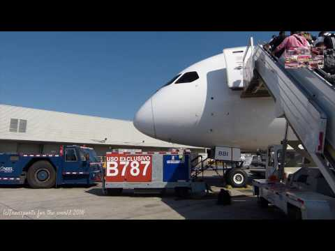 Flying By LATAM Boeing 787-8 Dreamliner CC-BBI SCL To MVD