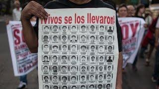 En México, el procurador anuncia la muerte de los 43 estudiantes desaparecidos en Iguala