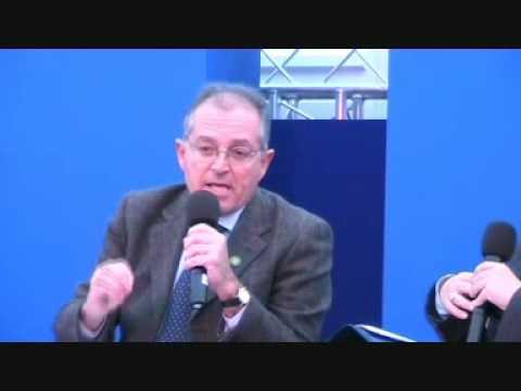 Arnold Cassola dwar il-krizi finanzjarja