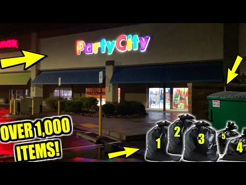 WE WENT DUMPSTER DIVING AT PARTY CITY AND FOUND *5  FULL BAGS! (UNBOXING PART 1)