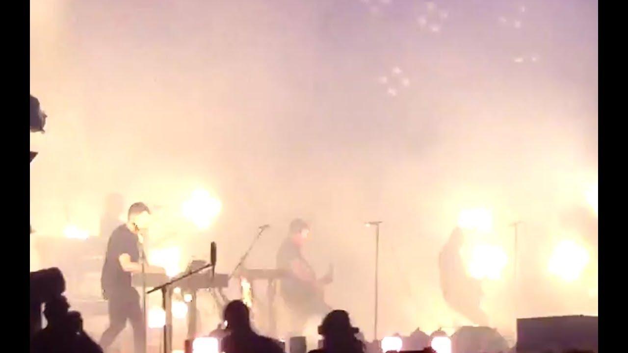 Nine Inch Nails ( NIN ) -