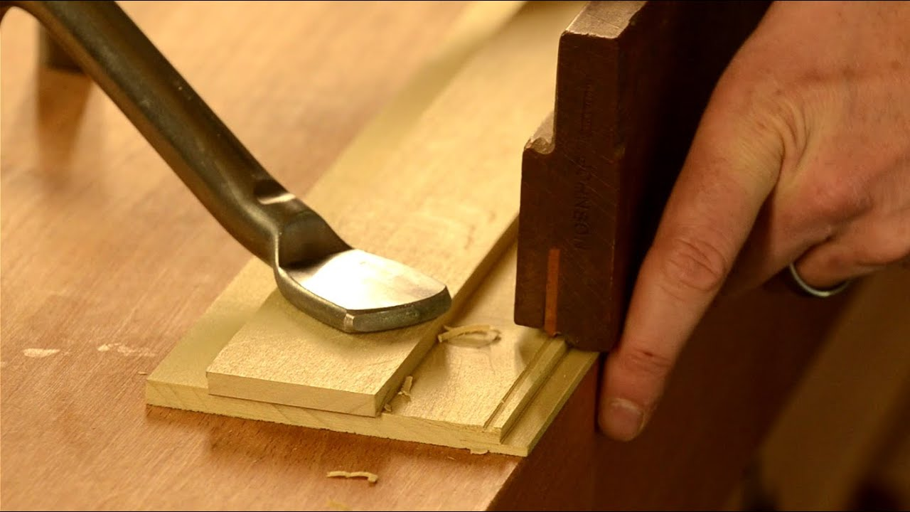 How to cut a decorative bead with a beading plane youtube for How to slice wood