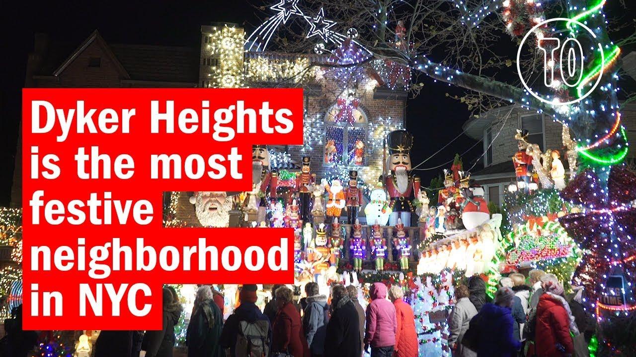 Dyker Heights Brooklyn Christmas Lights.Dyker Heights Christmas Lights Are A Must See In Nyc
