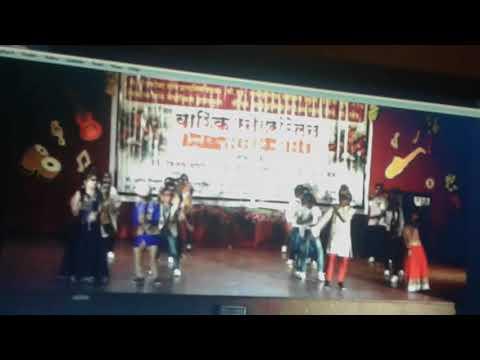 Kala Chashma choreography by pearls English medium school