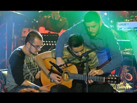 Beyaz Show - Üç Kişi, Bir Gitar Ve Muhteşem Müzik şov!