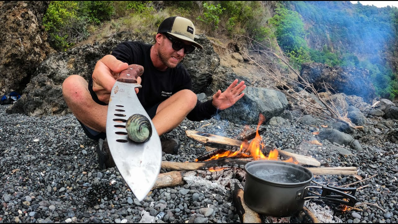 CAMPING ALONE IN A CAVE WITH NO FOOD. catch and cook on the open fire. EP 45