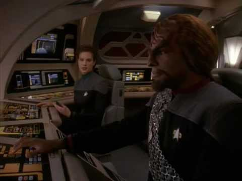DS9 Worf knows many things (The Darkness and the Light)