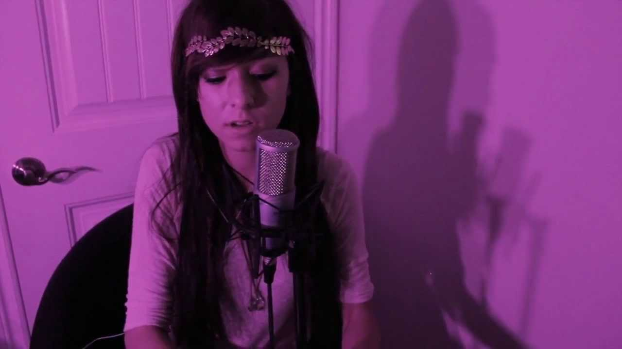 Christina Grimmie singing Say Something by A Great Big World ft. Christina Aguilera