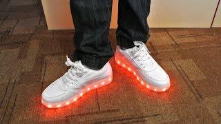 Светящиеся кроссовки за 1000 рублей