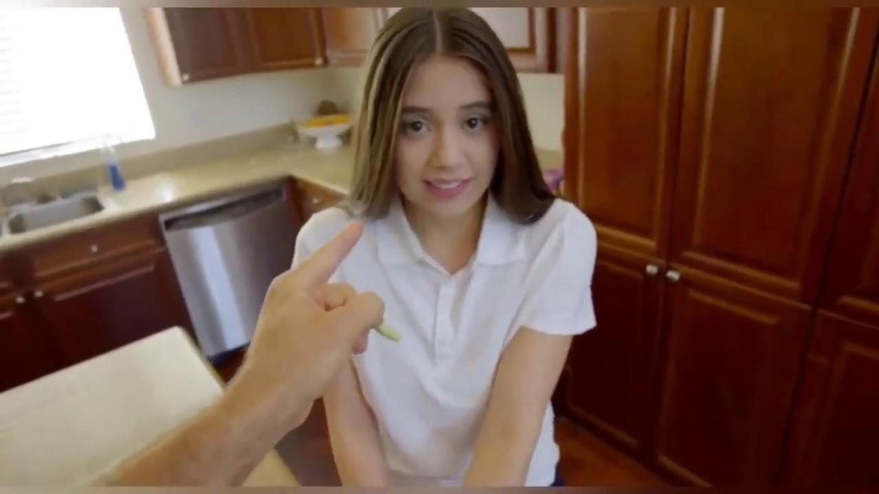 Actrices Porno Rusas Joven las tres actrices del cine porno mas jovenes y lindas - youtube