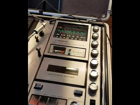 SANYO G 2311KL stereo music centre
