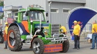 Проверка тракторов перед гонками БизонТрекШоу-2013