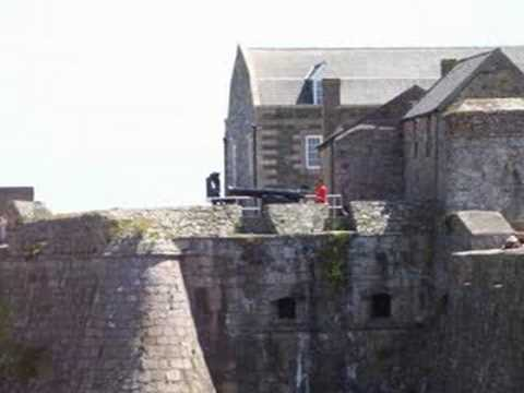 The noon day gun firing at Castle Cornet