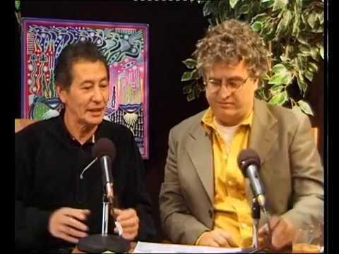Luc Sala praat met John Yang over vereniging van erfpachters 1998