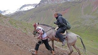 RAINBOW MOUNTAIN, PERU - high altitude hike/horseback adventure