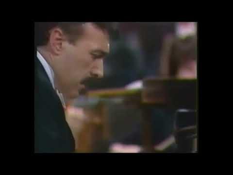 Rachmaninov - Piano Concerto n 3 (Rafael Orozco)