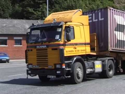 FLYING THROUGH WATERFORD ON AN ATKINSON 1996