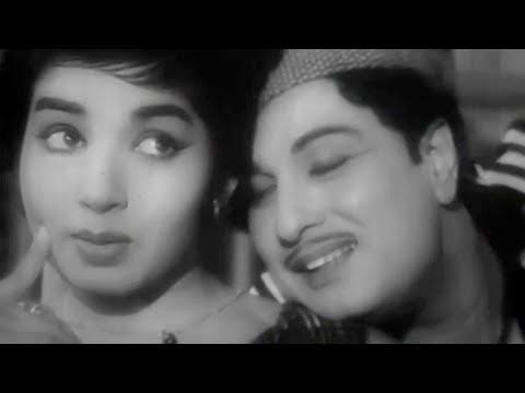 Kannathil Ennadi Kayam - MGR, Jayalalitha - Thani Piravi - Tamil Romantic Song