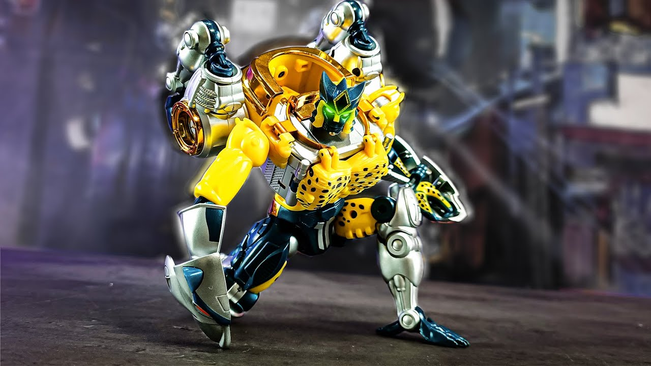 TransArt Toys BWM-03 Metal Leopard Commander In-Hand Review by  Mangmotion