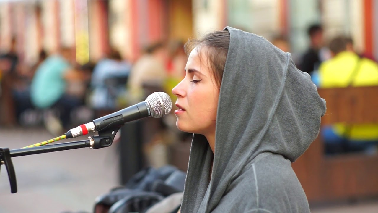 Настя - Я на небi - под гитару - Старый Арбат - уличный музыкант