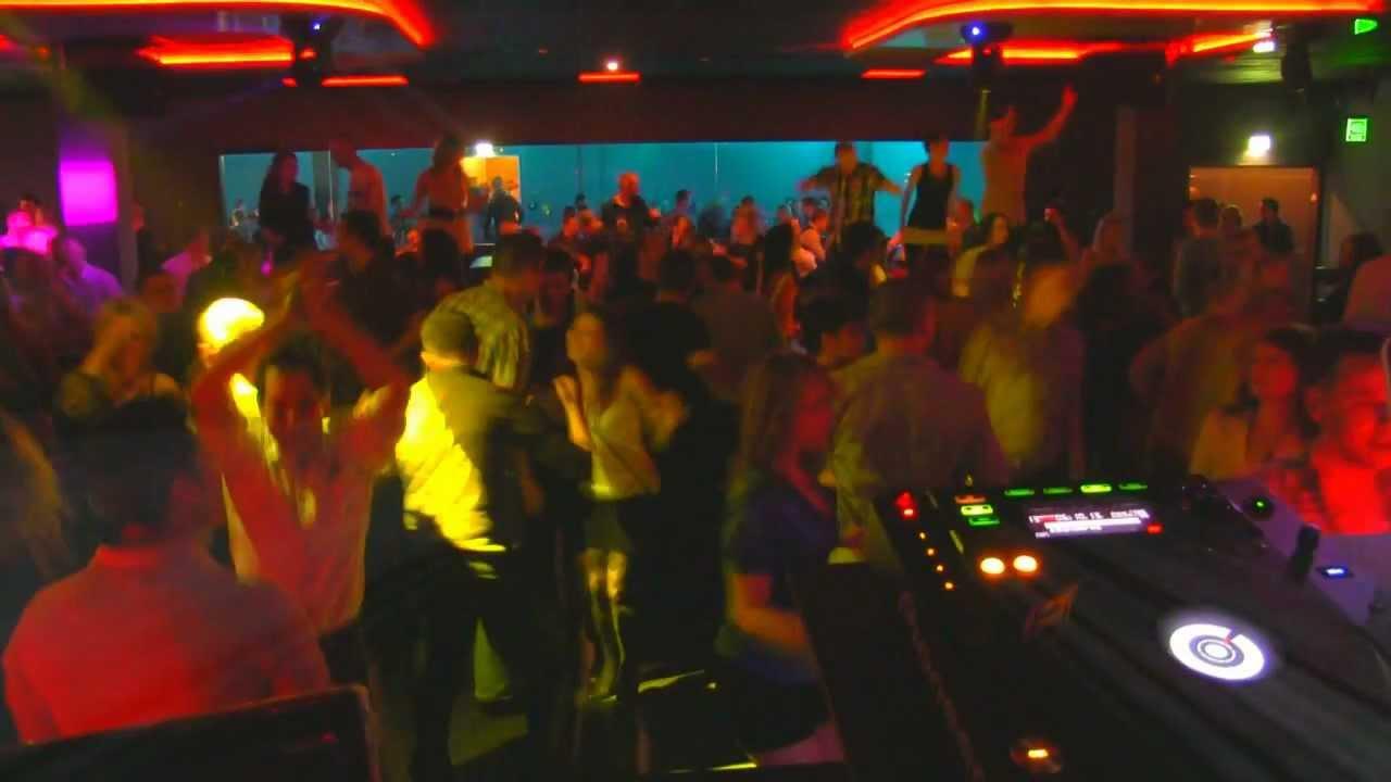 russische djs zone dj cab disco in k ln djs fur ihre club hochzeit party jubileum. Black Bedroom Furniture Sets. Home Design Ideas