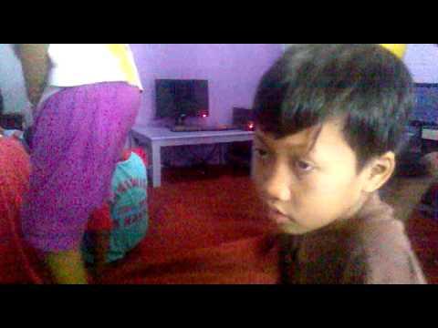 video anak-2 di warnet.mp4
