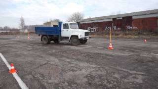 Выполнение упражнения Змейка грузового автомобиля