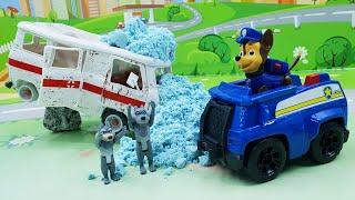 Мультики для детей с игрушками Щенячий Патруль - Простуда! Самые новые мультфильмы про машинки.