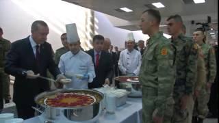 Cumhurbaşkanı Erdoğan, Muhafız Alayı'nda Askerlerle Aşure Yedi - 06.11.2014