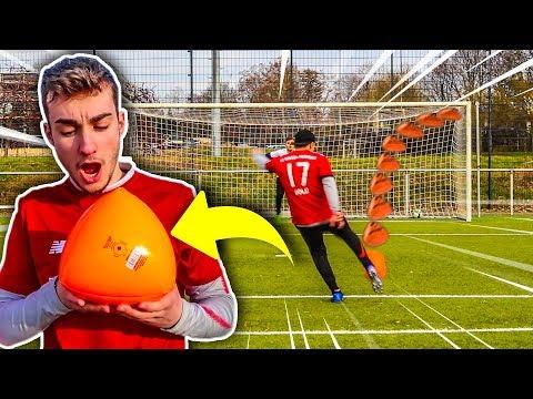 DIESER DREIECKIGE BALL IST KRANK! FUßBALL CHALLENGE