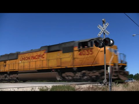 Union Pacific Freight Train (Oakwood Road)