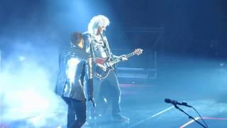 "Queen & Adam Lambert perform ""Bohemian Rhapsody"" in Boston, 07/25/17"