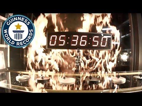 Longest-running mechanical spinning top – Guinness World Records