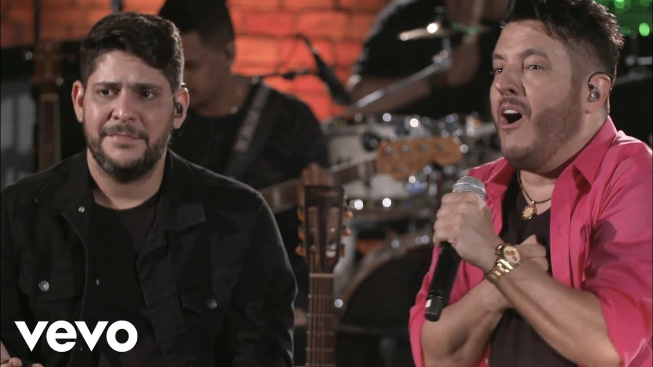 """Thumbnail do vídeo """"Bruno & Marrone, Jorge & Mateus - Surto De Amor (Ao Vivo)"""""""