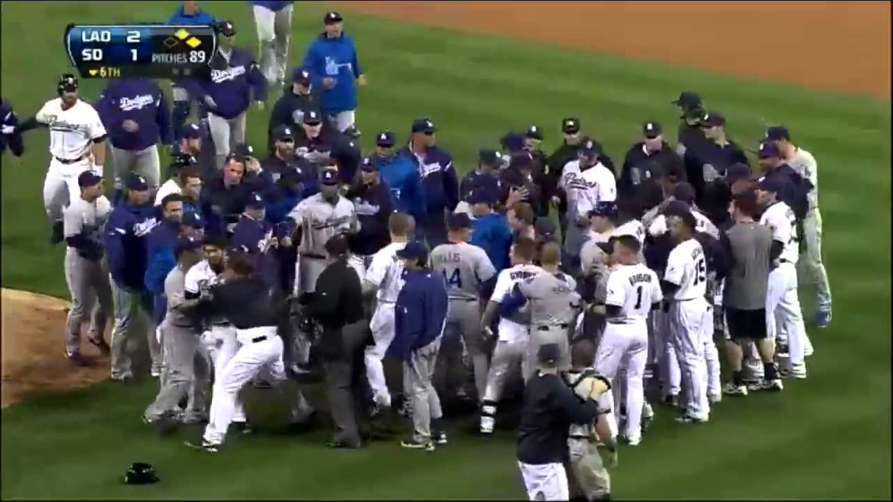 Zach Greinke breaks collar bone, Dodgers vs. Padres Benches Clearing Fight (HD) - YouTube