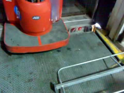 Mundofg grave accidente con patin youtube - Silla de patin electrico ...