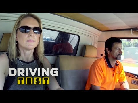 46-year-old Mum's First Truck Lesson | Driving Test Australia
