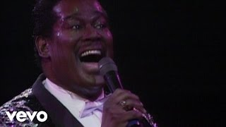 Luther Vandross - Love Won't Let Me Wait (from Live at Wembley) thumbnail